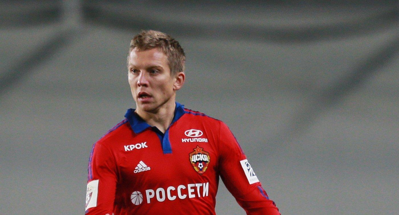 Полузащитник ПФК ЦСКА Александр Цауня