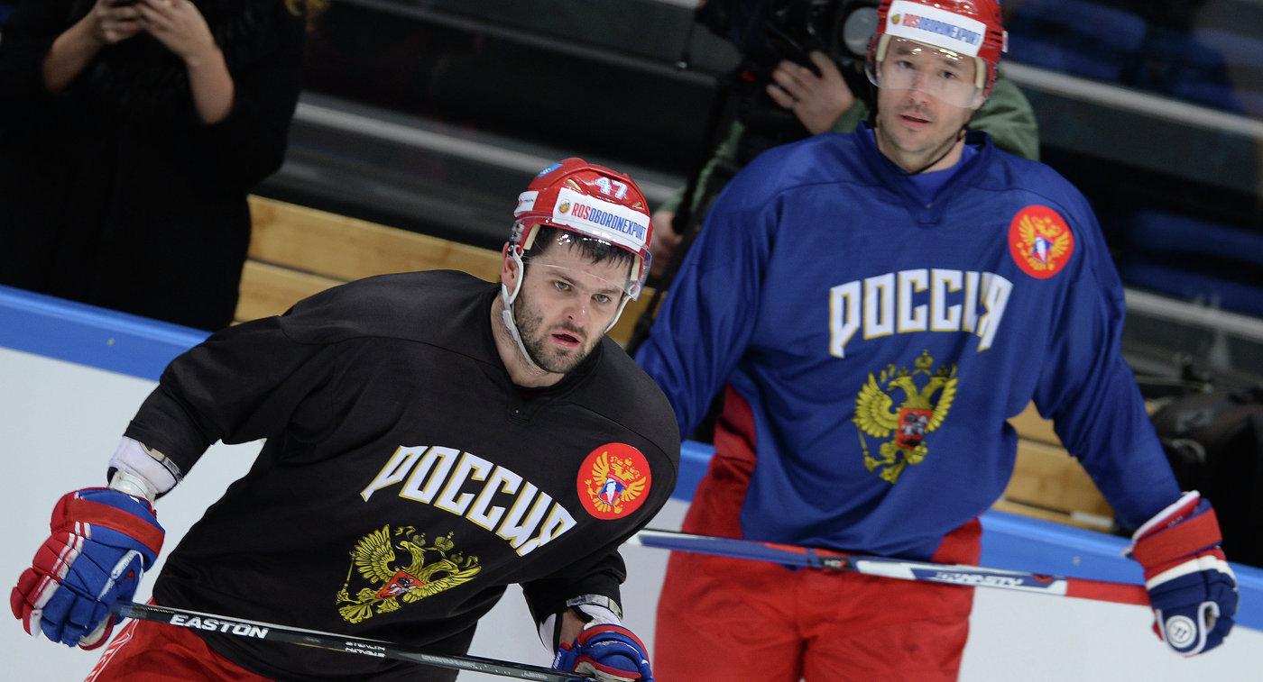 Форварды сборной России по хоккею Александр Радулов (слева) и Илья Ковальчук