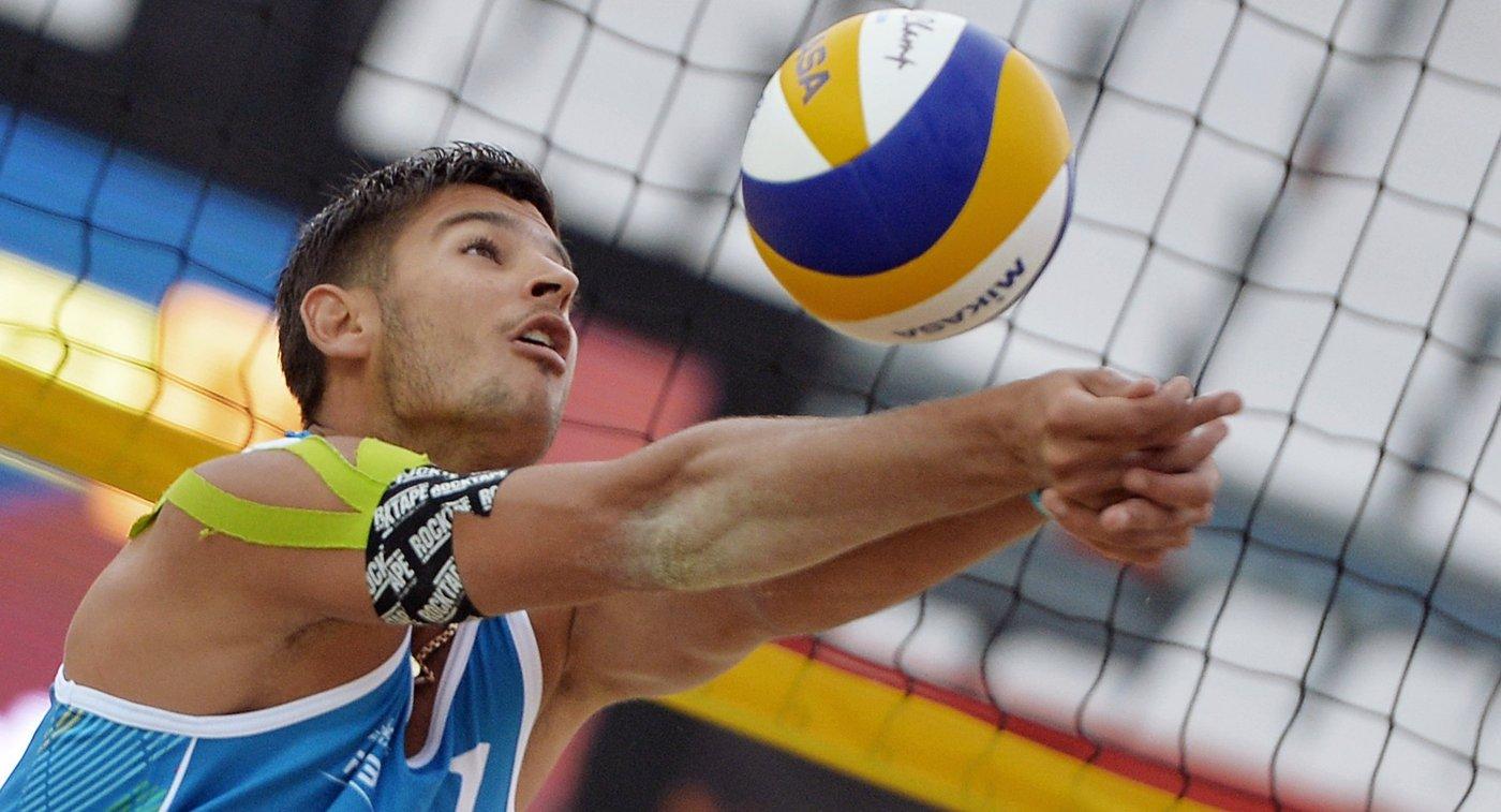 Игрок сборной России по пляжному волейболу Вячеслав Красильников