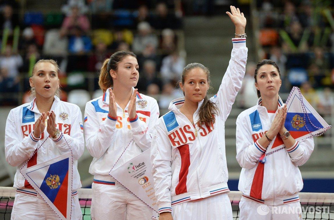 Российские теннисистки Елена Веснина, Маргарита Гаспарян, Дарья Касаткина и капитан команды Анастасия Мыскина (слева направо)