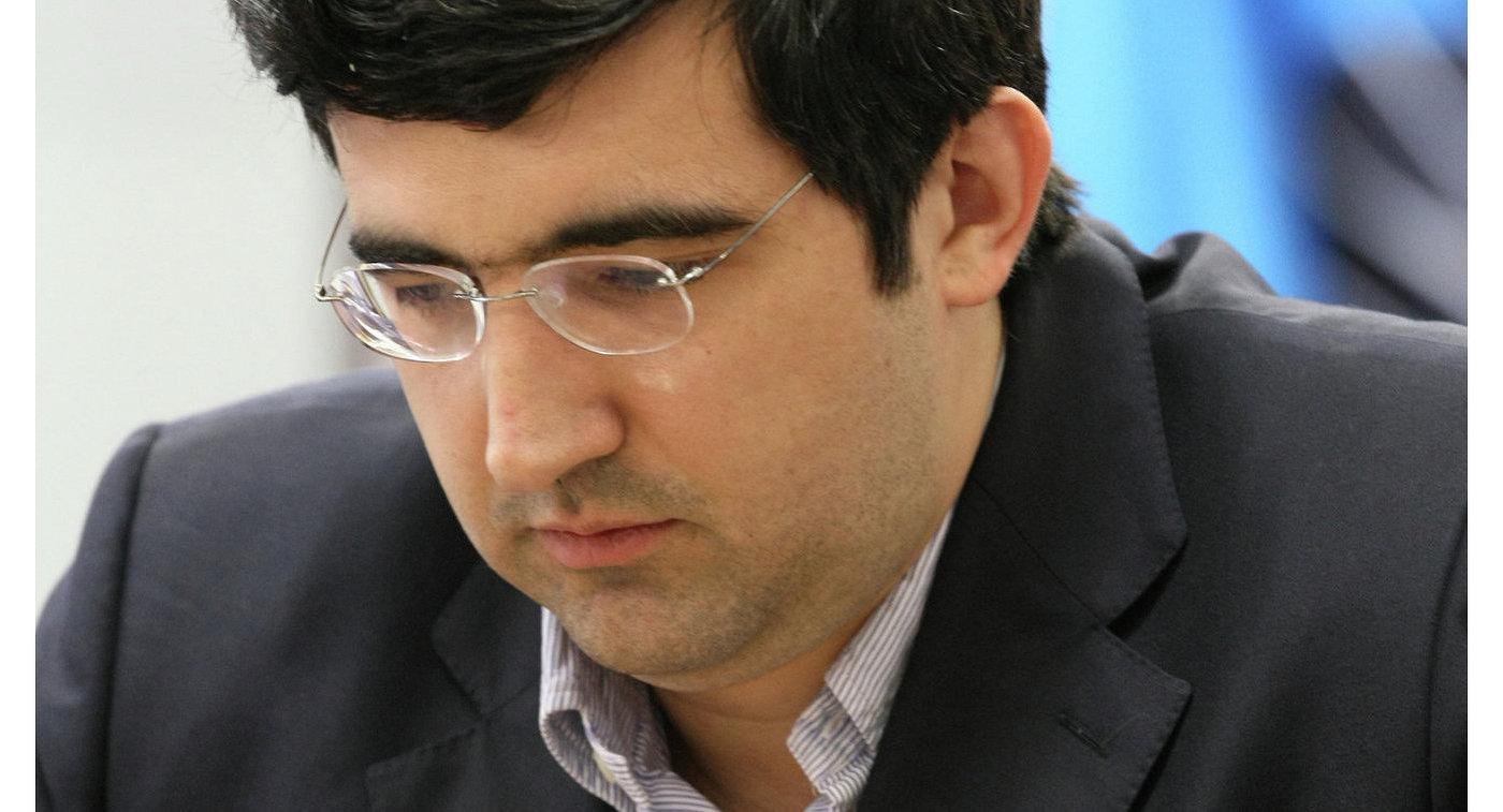 Крамник победил Харику Дронавалли вседьмом туре шахматного турнира наострове Мэн