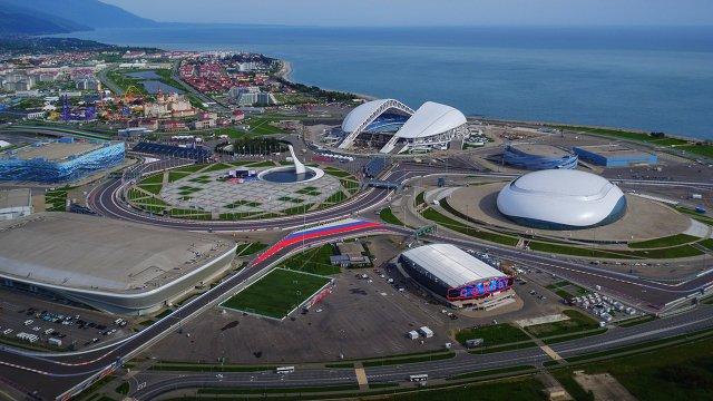 Вид на Олимпийский парк и Сочи Автодром