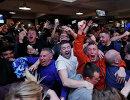 Реакция болельщиков Лестера после окончания матча Челси - Тоттенхэм в городском пабе