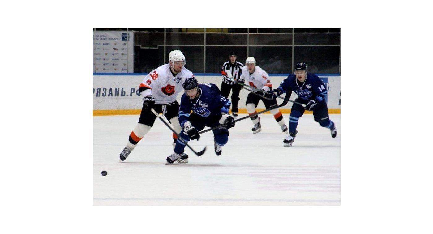 «Молот-Прикамье» одержал победу над «Спутником»