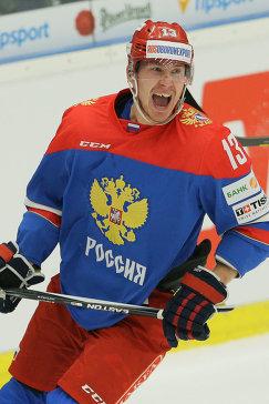 Нападающий сборной России по хоккею Роман Любимов