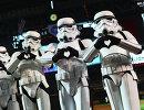 Болельщики в костюмах штурмовиков из Звездных войн на бейсбольном матче