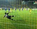 Игровой момент ответного стыкового матча за право участия в РФПЛ Анжи - Волгарь