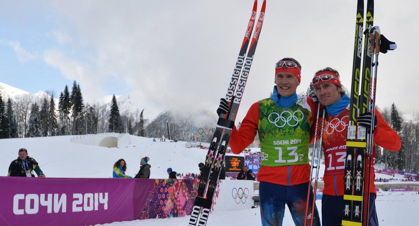 Лыжники Никита Крюков (Россия), Максим Вылегжанин (Россия)
