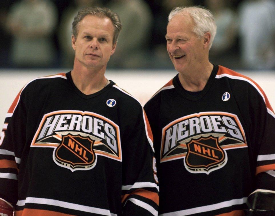 Марк и Горди Хоу (слева направо)