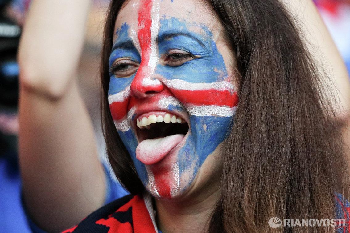 Болельщица сборной Исландии