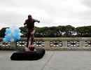 Статуя аргентинского нападающего футбольного клуба Барселона Лионеля Месси в Буэнос-Айресе